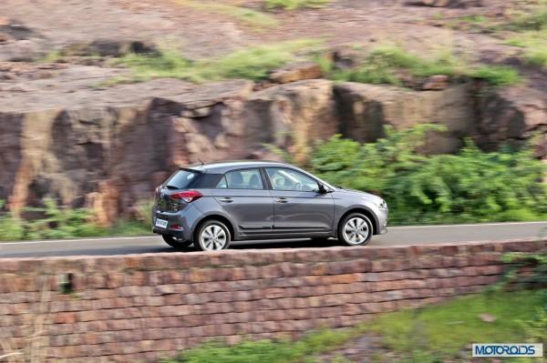 Hyundai Elite i20 motion action (5)