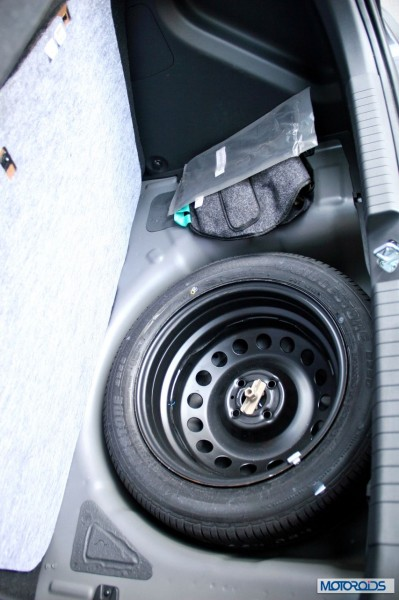 Hyundai Elite i20 spare wheel