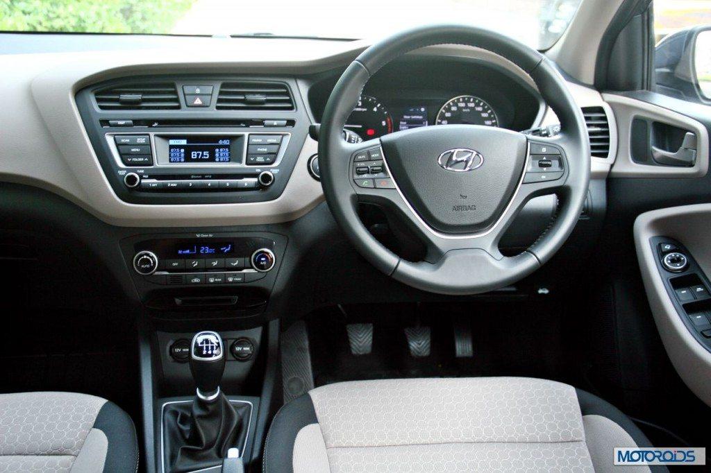 Hyundai Elite i20 steering (1)