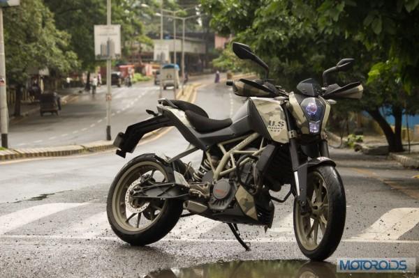 MoCo-Customs-KTM-Duke-Camouflaged-(1)