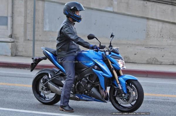 Super Naked Suzuki GSX-S1000 Spied