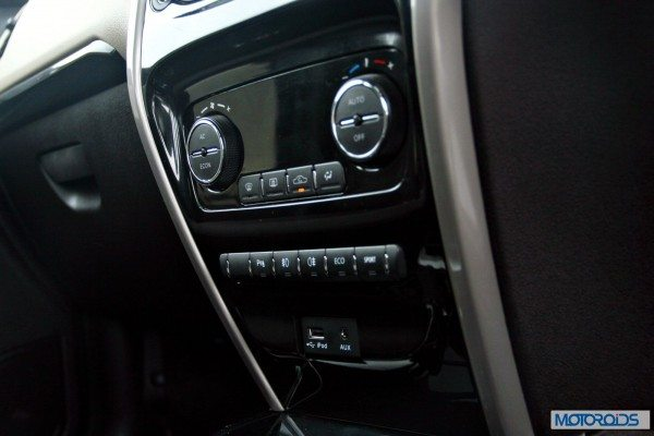 Tata-Zest-Launched-Revotron-Interior-AC-Power-Controls