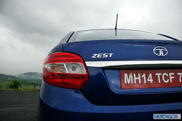 Tata-Zest-Launched-Revotron-tail-lamp-2
