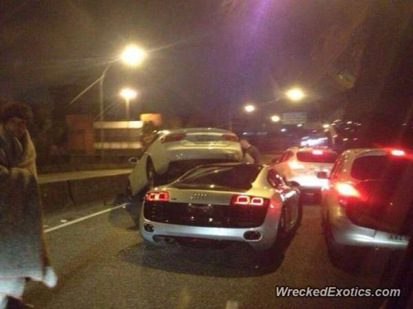 audi r8 and a7 crash (2)
