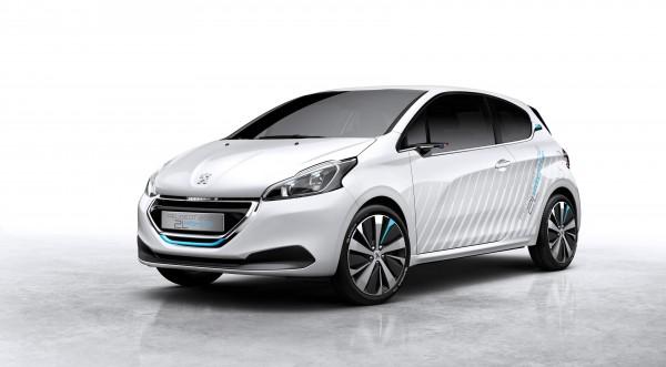 2014-Paris-Motor-Show-Peugeot-208-Concept (1)