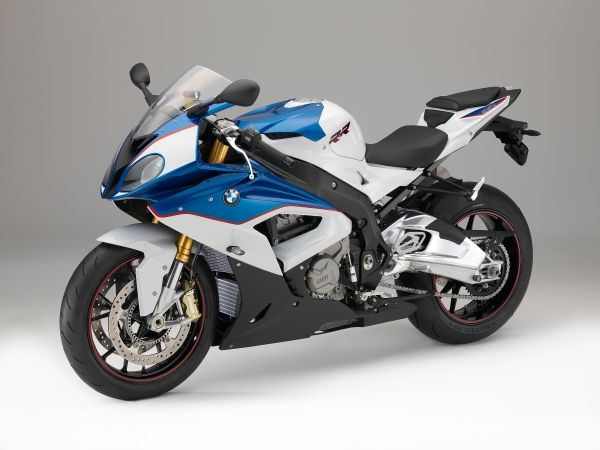 2015-BMW-S-1000-RR-Official-Images (11)