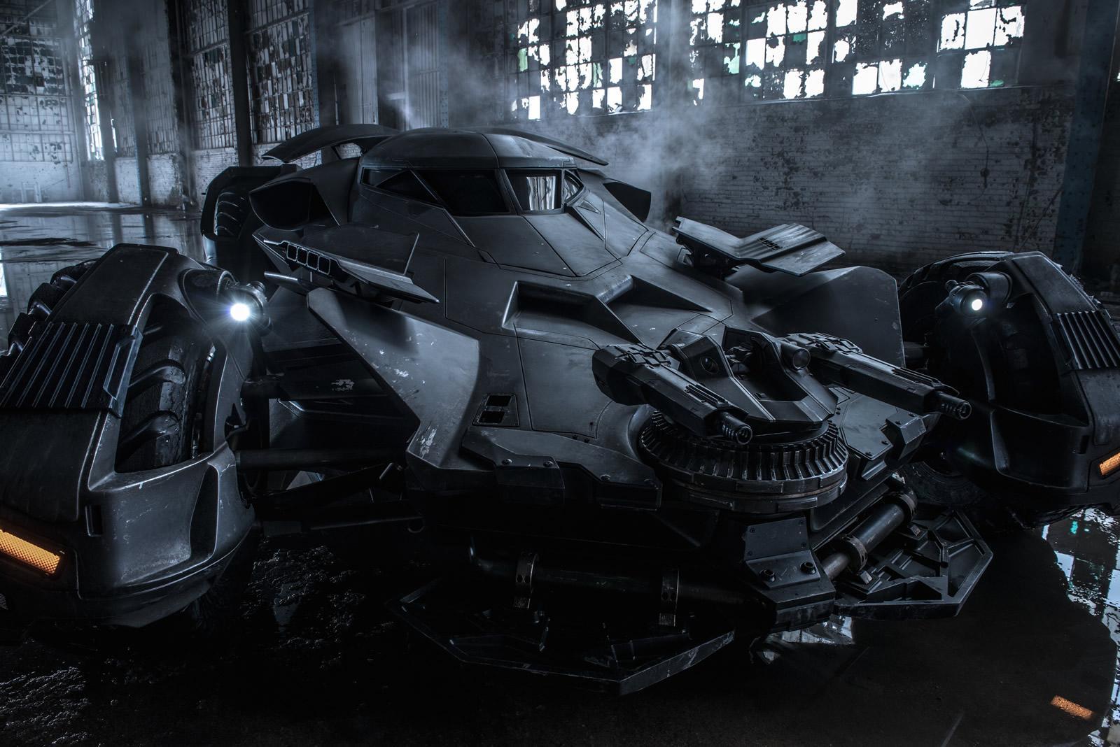 Superman V Batman Batmobile