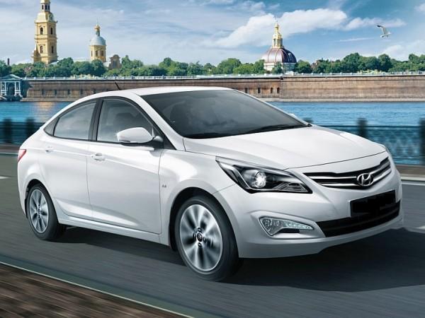 2015-Hyundai-Verna-Sedan