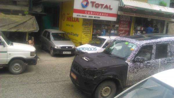 2015 Mahindra Scorpio spotted in Manali (1)