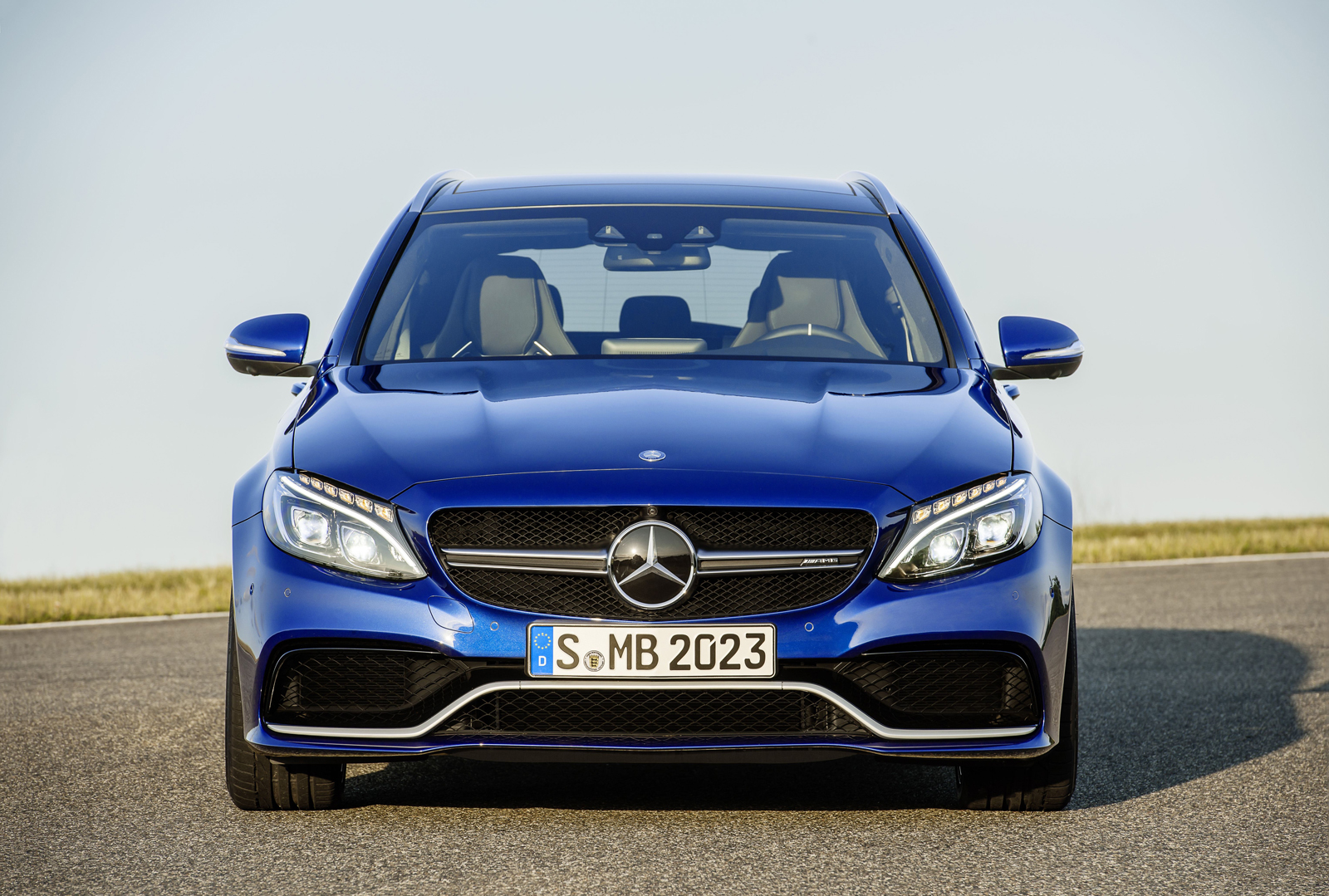 2015 mercedes amg c 63 and c 63 s shows itself updated gallery and tech specs motoroids. Black Bedroom Furniture Sets. Home Design Ideas