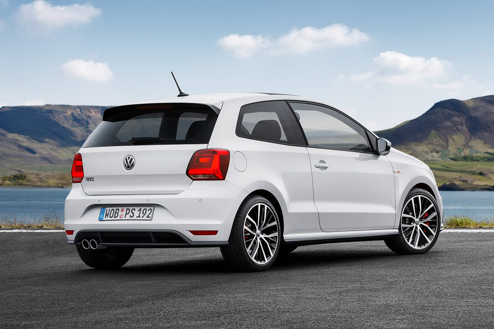 2015 volkswagen polo gti revealed motoroids. Black Bedroom Furniture Sets. Home Design Ideas