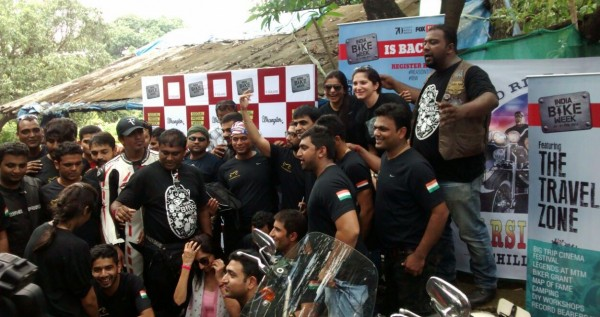 Bikers at the India Bike Week's Chai and Pakoda ride in Mumbai (2)
