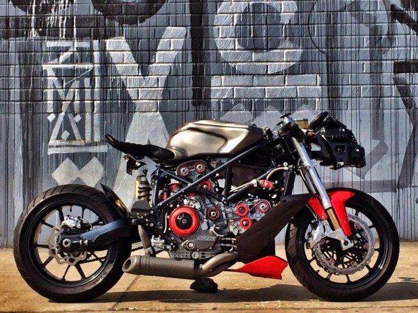 Build Ducati 749 Custom by Apogee Motorworks (15)