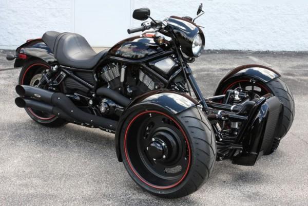 Harley-Davidson V-Rod Reverse Trike (1)
