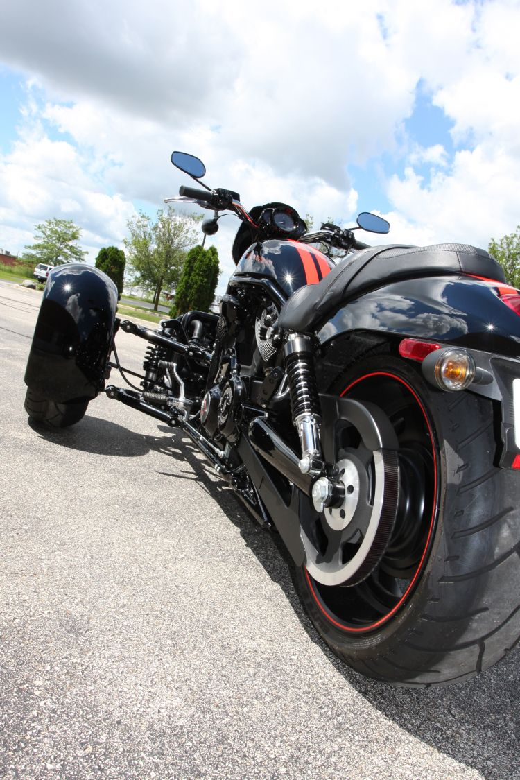 Harley-Davidson V-Rod Reverse Trike | Motoroids