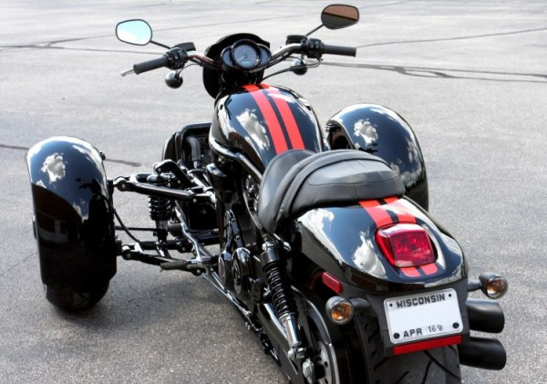 Harley-Davidson V-Rod Reverse Trike (3)