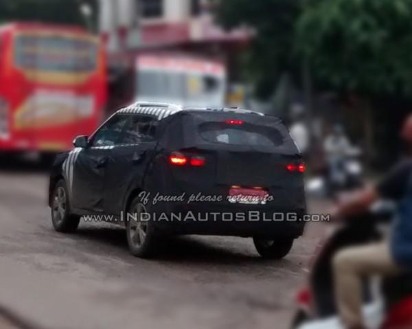 Hyundai-ix25-Spied-in-India (3)