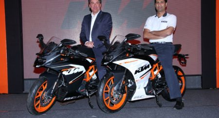 Official Release: New KTM RC390 and RC200 launched