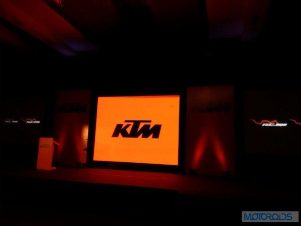 KTM-RC200-RC390-Live-From_launch