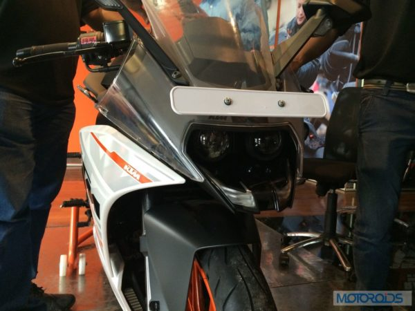 KTM-RC390-At-Dealership (8)