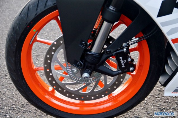 KTM-RC390-Review-Front-Disc-Brake-ABS-Close-Up