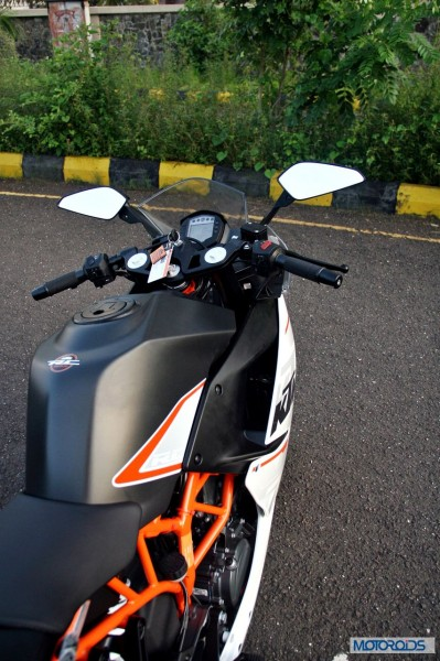 KTM-RC390-Review-Mirrors