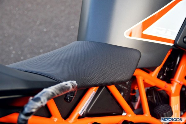 KTM-RC390-Review-Rider-Seat