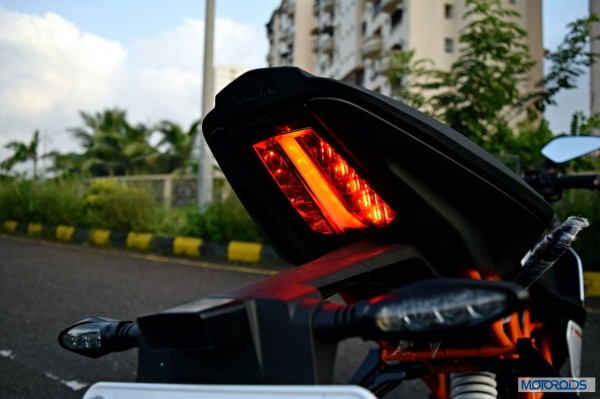 KTM-RC390-Review-Tail-Lights