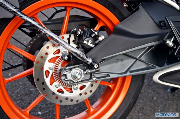 KTM-RC390-Review-rear-Brake-Close-Up