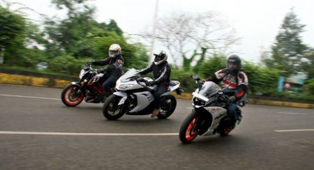 KTM RC390 vs Kawasaki Ninja 300 vs KTM Duke 390 (119)