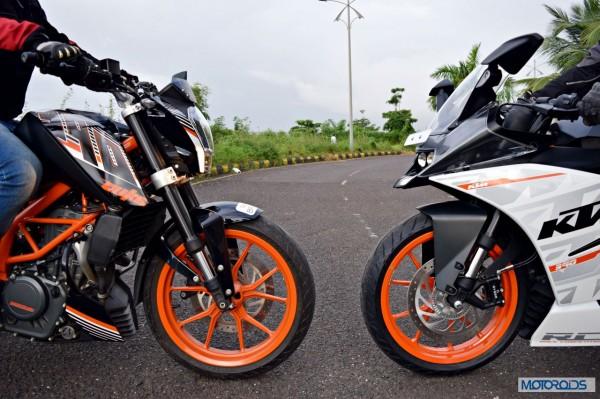 KTM RC390 vs Kawasaki Ninja 300 vs KTM Duke 390 (24)