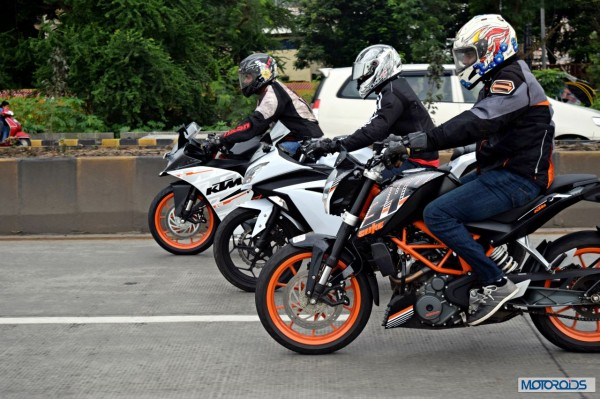 KTM RC390 vs Kawasaki Ninja 300 vs KTM Duke 390 (32)