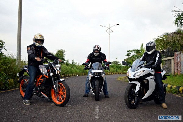 KTM RC390 vs Kawasaki Ninja 300 vs KTM Duke 390 (4)