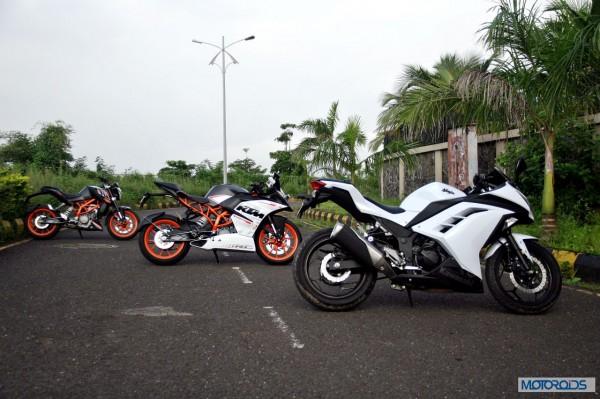 KTM RC390 vs Kawasaki Ninja 300 vs KTM Duke 390 (44)