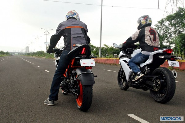 KTM RC390 vs Kawasaki Ninja 300 vs KTM Duke 390 (70)
