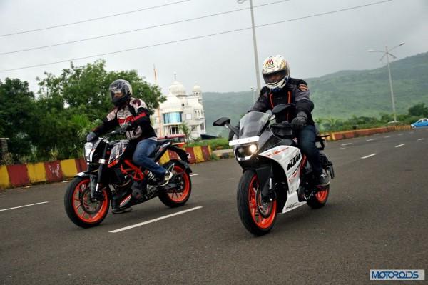 KTM RC390 vs Kawasaki Ninja 300 vs KTM Duke 390 (73)