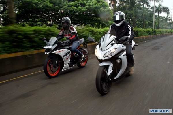 KTM RC390 vs Kawasaki Ninja 300 vs KTM Duke 390 (80)