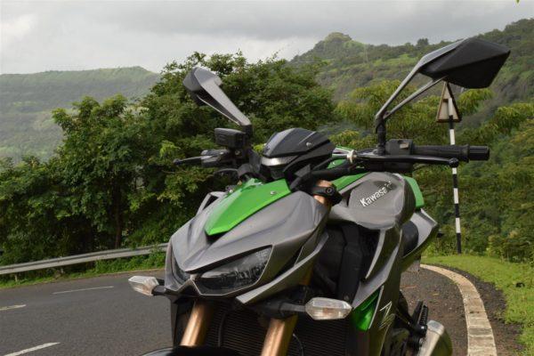 Kawasaki Z1000 angry looks