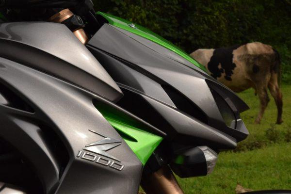 Kawasaki Z1000 front (2)