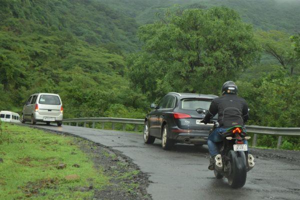 Kawasaki Z1000 road holding