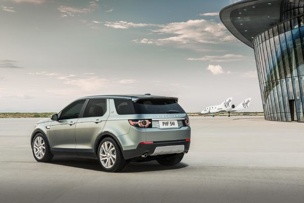 Land-Rover-Discovery-Sport-Official-Launch-Image-11