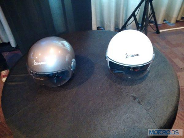 Limited Edition Vespa Elegante Launch Images-Spcial helmets