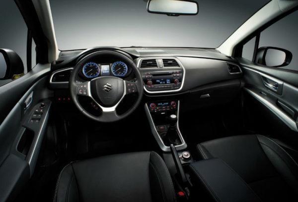 Maruti Suzuki SX4 S-Cross spied; Launch Soon (8)