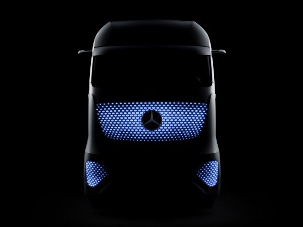 Mercedes-Benz Future Truck 2025 Images and Details (9)