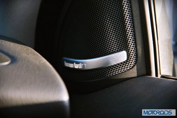Mercedes GLA class details (1)
