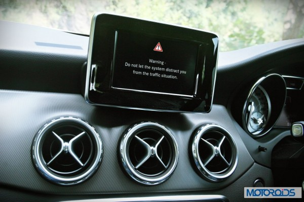Mercedes GLA class details (4)