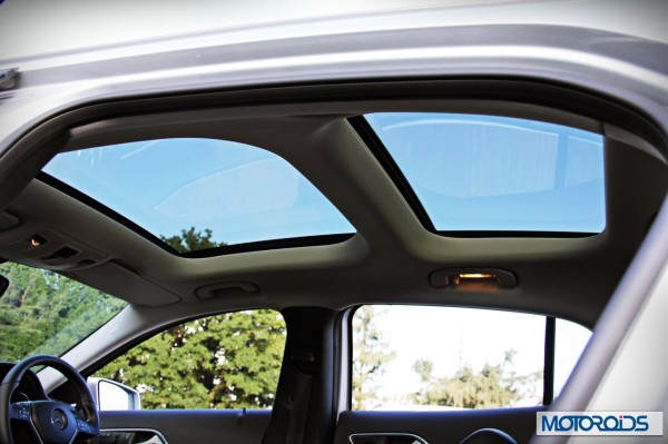 Mercedes GLA panoramic sunroof