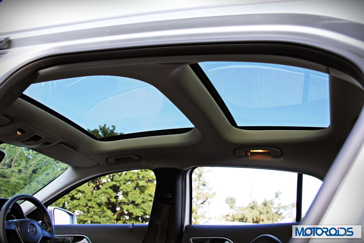 Mercedes gla 200 gla 200 cdi review swanky drifter for Mercedes benz panoramic roof