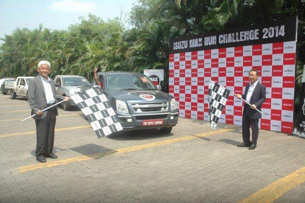 Mr. Shigeru Wakabayashi, DMD & Mr. Takashi Kikuchi, President & MD, Isuzu Motors India at the culmination of Isuzu Max Run Challenge (L to R)