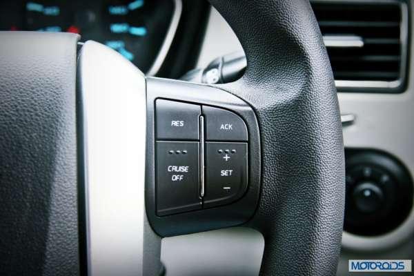 New 2014 Mahindra Scorpio interiors (17)